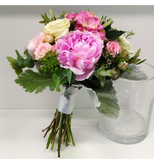 Ramo peonias y Rosas